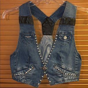 Jackets & Blazers - Very Pretty Denim Vest